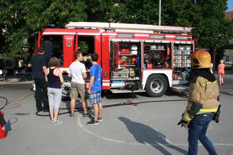 tnt115-veselica-021